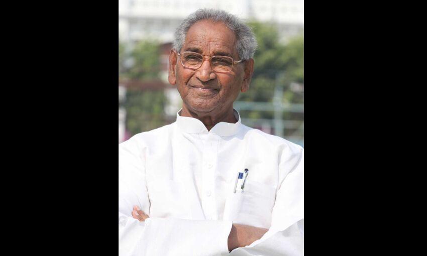 जल्द स्वस्थ हो डॉ जगदीश गाँधी, प्रार्थना का आयोजन