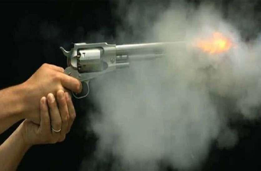 दिल्ली में मामूली कहासुनी पर  युवक की गोली मारकर हत्या