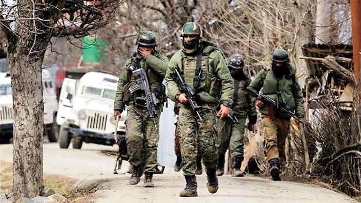 आतंकी हमले हो सकते हैं सुरक्षा बलों और सरकारी प्रतिष्ठानों पर...........