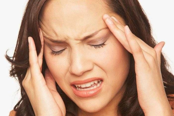 क्या है वस्कुलर हेडेक या माइग्रेन! जानिए यह सरदर्द से कितना अलग है।