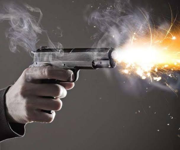 गोमती नगर के एक युवक को गोली मार   दी गई