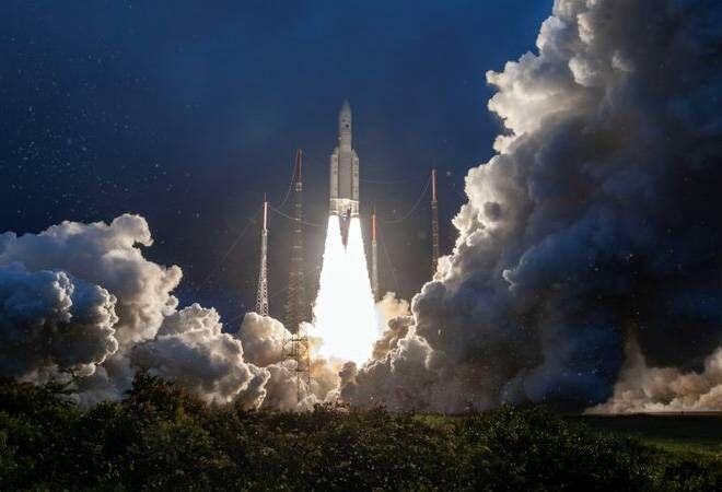 इसरो ने  संचार उपग्रह GSAT-30 को सफलतापूर्वक किया  लॉन्च