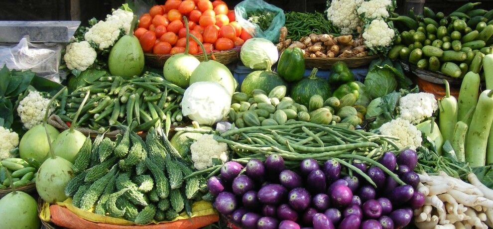 प्याज , गोभी, टमाटर, आलू समेत तमाम सब्जियों के दामों में उछाल